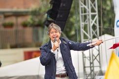 Quito, Equateur - 26 mars 2017 : Guillermo Lasso, candidat présidentiel d'alliance de CREO SUMA, sur une étape pendant Photographie stock