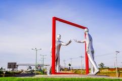 Quito, Equateur - 23 novembre 2017 : Belle vue extérieure d'un esculpture gris moderne d'art dans le sucre de Mariscal Images libres de droits