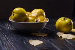 Quitte ist Herbstfrüchte Lizenzfreies Stockfoto
