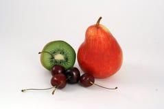 Quivi, pera e cereja Imagem de Stock