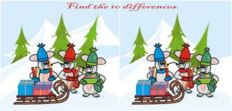 Quiz. Find the 10 differences in the figures. Children's Christmas theme - mice are going to decorate the Christmas tree Royalty Free Stock Images