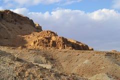 Qumran洞在Qumran国立公园,死海纸卷找到,Judean沙漠远足,以色列 库存图片