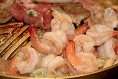 Quotidiano delizioso con gamberetto fresco e carne di maiale marinata fotografie stock