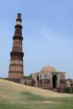 Qutab Minar i New Dehli Indien royaltyfri fotografi