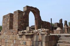 Qutab Minar na Índia de New Dehli fotografia de stock royalty free