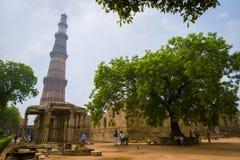 Qutub Minar или башня победы Стоковые Изображения