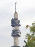 Rádio, tevê e torre de comunicação Fotografia de Stock