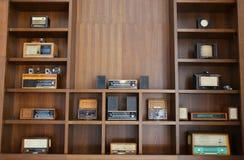 Rádios do vintage fotos de stock