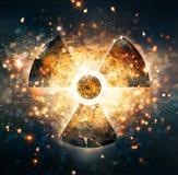 Ráfaga de bomba atómica en desierto ilustración del vector