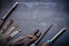 Râpe métallique de pinces de mètre de vintage de tournevis Images stock