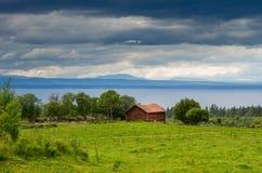 Rödön Σουηδία, άποψη πέρα από τη λίμνη Storsjön Στοκ Φωτογραφίες