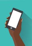Räcka den hållande smartphonen med tomt avskärmer Fotografering för Bildbyråer