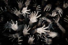 Räcka spöken, blodiga händer bakgrund, galning, blodlevande dödH för levande döden Arkivfoto