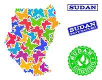 Räddningnaturcollage av översikten av Sudan med fjärilar och nödlägeskyddsremsor royaltyfri illustrationer