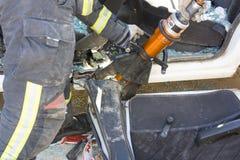 Räddningsaktionövningar i vägolyckor royaltyfri fotografi