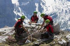 Räddningsaktion i berget av Dolomites, Italien Royaltyfri Fotografi