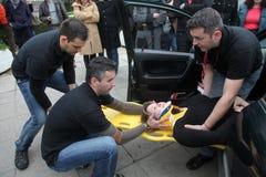 Räddningsaktion- och första hjälpövning Arkivbilder