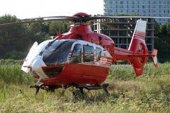 Räddningsaktionhelikopter royaltyfri bild