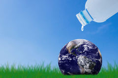 Räddningvattenbegrepp, världsvattendag Arkivfoto