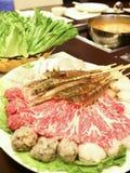 räka för meat för bollnötkötthotpot royaltyfria foton