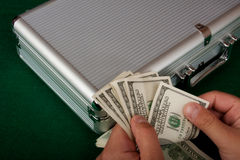 räkna dollar Royaltyfri Foto