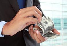 räkna pengar royaltyfria foton