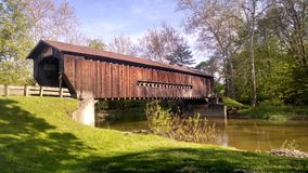 räknad bro Arkivfoto