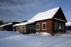 räknad lantlig snow för hus Arkivbilder