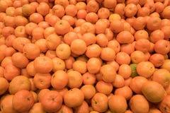 Räknare mycket av clementines Royaltyfria Foton