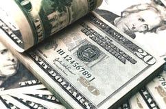 Räkningen för dollar tjugo 3d framför på vit med den snabba banan Royaltyfri Bild