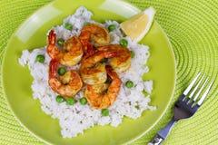 Räkor med ris och ärtor Royaltyfri Fotografi