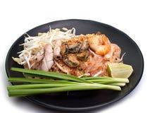Räkor vadderar thailändsk thailändsk mat royaltyfria foton