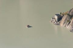 Räterichsbodensee en Grimselpass, montan@as suizas Fotos de archivo libres de regalías