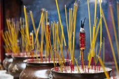 Räucherstäbchen im Tempel Thien Hau von Cho Lon Chinatown, Bezirk 5, Saigon, Ho Chi Minh City, Vietnam lizenzfreie stockbilder