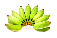 Rå banan som isoleras in på vit Royaltyfria Bilder