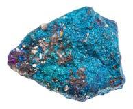 Rå blå isolerad Chalcopyritesten royaltyfri foto