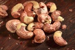 rå cashewmuttrar Arkivbild