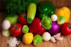 Rå grönsaker för ett sunt bantar Royaltyfri Fotografi