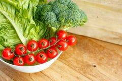 rå grönsaker för sammansättning Arkivbild