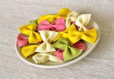 rå italiensk pasta för abstrakt bakgrund Arkivfoton