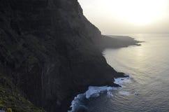 Rå kustlinje av Tenerife Royaltyfri Foto