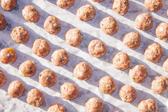 rå meatball Arkivfoto