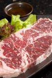 Rå meatskiva Royaltyfria Bilder
