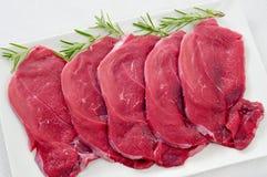 Rå nötköttfiléer Arkivbilder