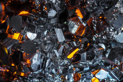 Rå pyritkristaller Arkivfoto