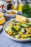 rå salladgrönsaker Arkivfoto