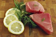 rå steakstonfisk royaltyfri bild