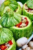 Rå zucchinier med stoppning Arkivbild