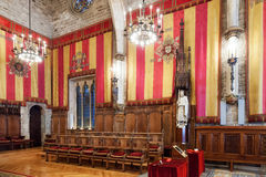 Råd av hundra i stadshus av Barcelona, Catalonia. Fotografering för Bildbyråer