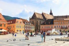 Rådfyrkant på Juli 15, 2014 i Brasov, Rumänien Arkivbilder